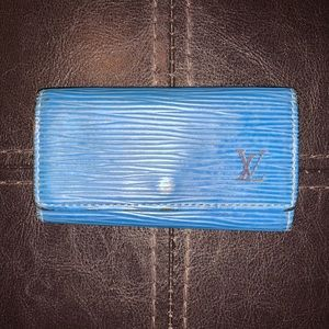 Louis Vuitton 4 Key Holder Multicules